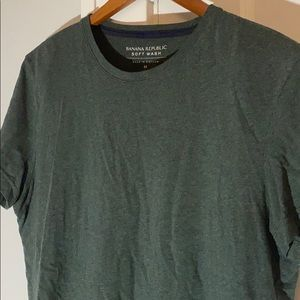 ✅ BANANA REPUBLIC Soft Wash Tee T Shirt Sz M Green